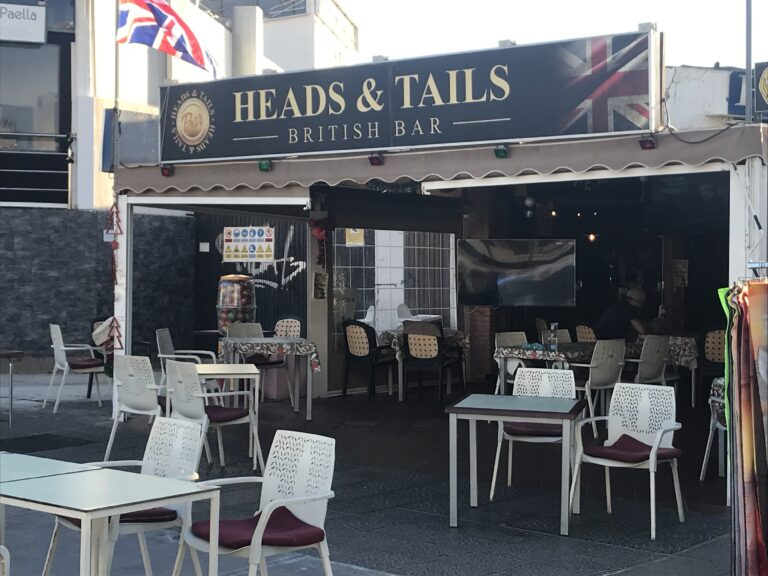 Heads and Tails Las Americas